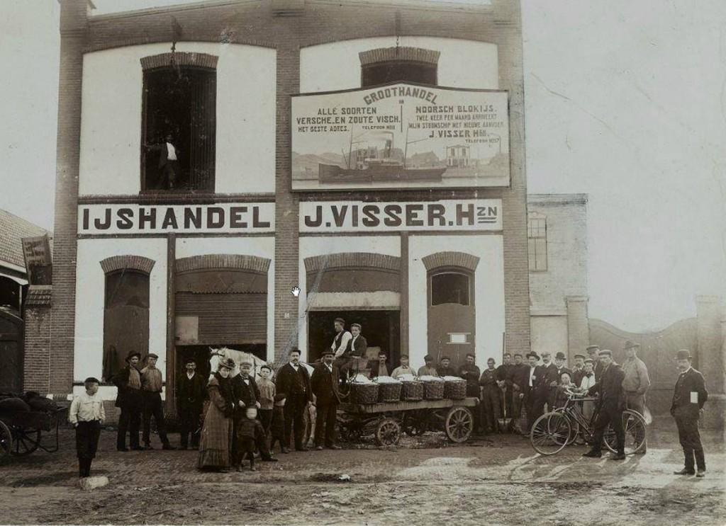 Paard en ijswagen 1900 bij ijshandel J. Visser - inzetje bij droogdokken
